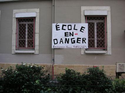 écoles en danger !